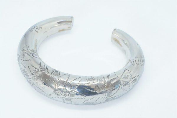 Silver Bangle Hollow Design
